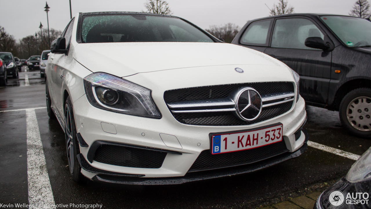 Mercedes benz a 45 amg 4 janeiro 2018 autogespot for Mercedes benz a 45
