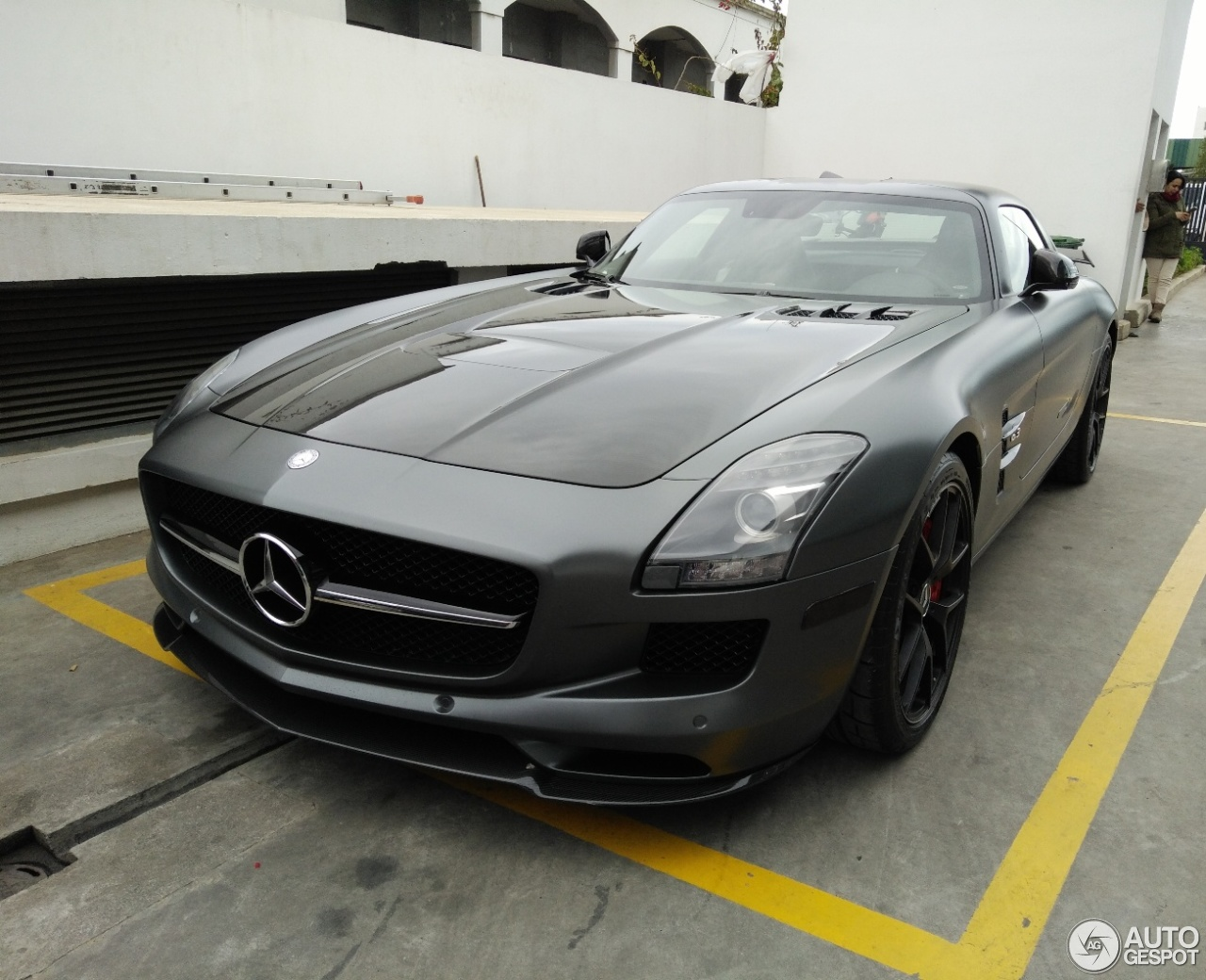 Mercedes benz sls amg gt final edition 6 january 2018 for 2018 mercedes benz amg gt