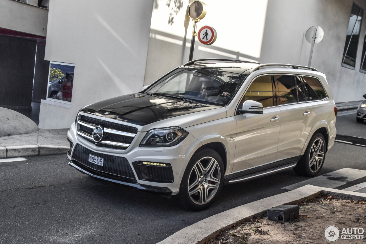 mercedes benz gl 63 amg x166 7 january 2018 autogespot. Black Bedroom Furniture Sets. Home Design Ideas