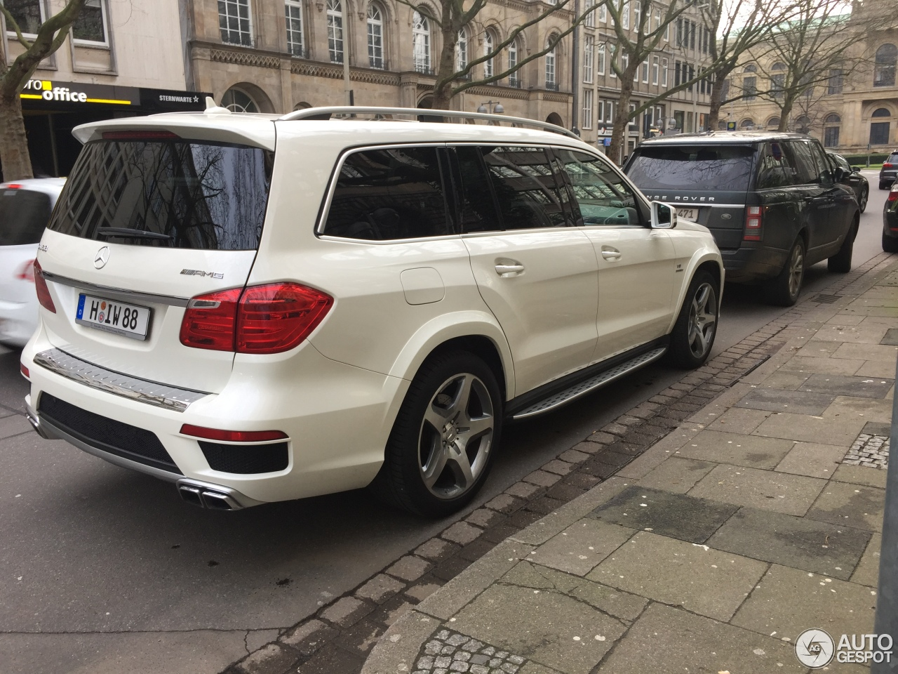mercedes benz gl 63 amg x166 9 january 2018 autogespot. Black Bedroom Furniture Sets. Home Design Ideas