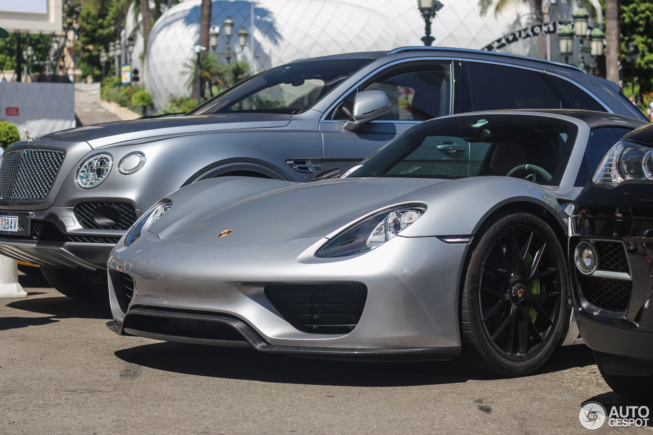 Porsche 918 Spyder Weissach Package 4