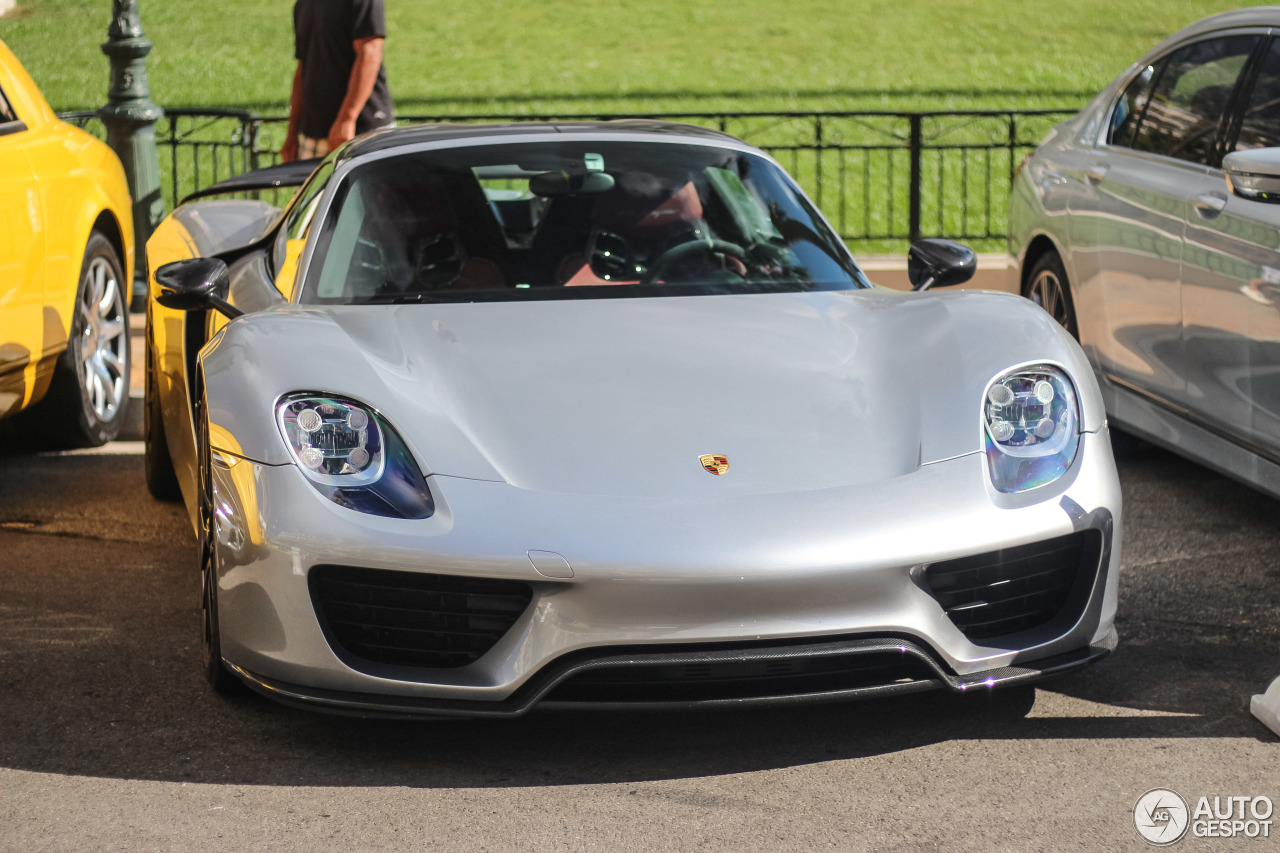 Porsche 918 Spyder Weissach Package 8