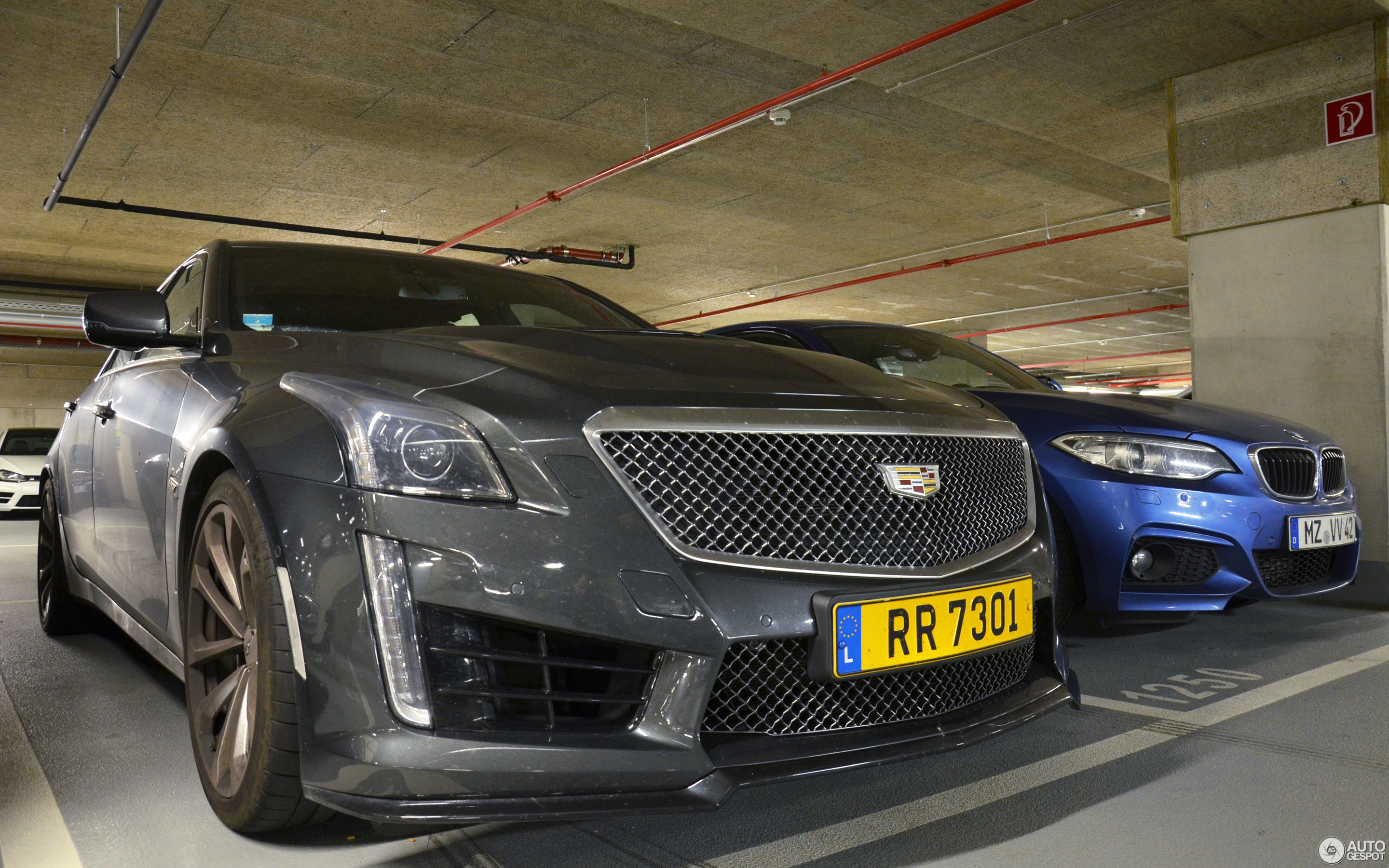 cadillac specs cts pictures models information wagon and sport