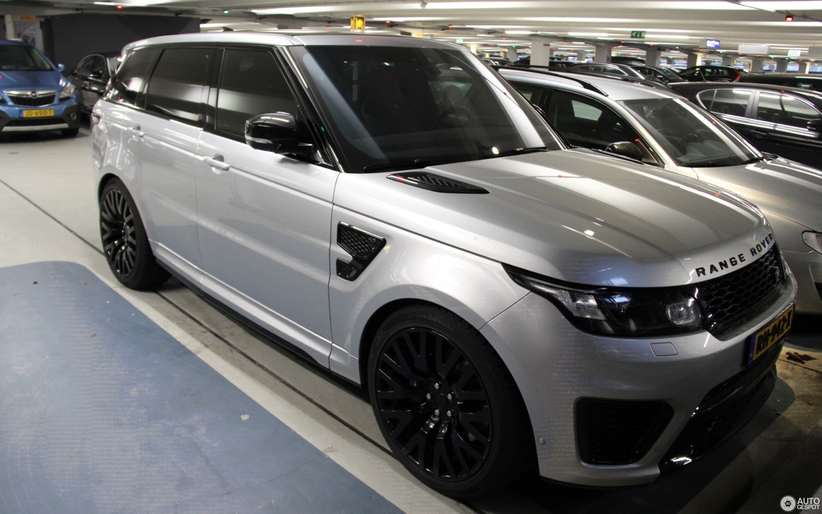 New Land Rover Car >> Land Rover Range Rover Sport SVR - 15 January 2018 - Autogespot