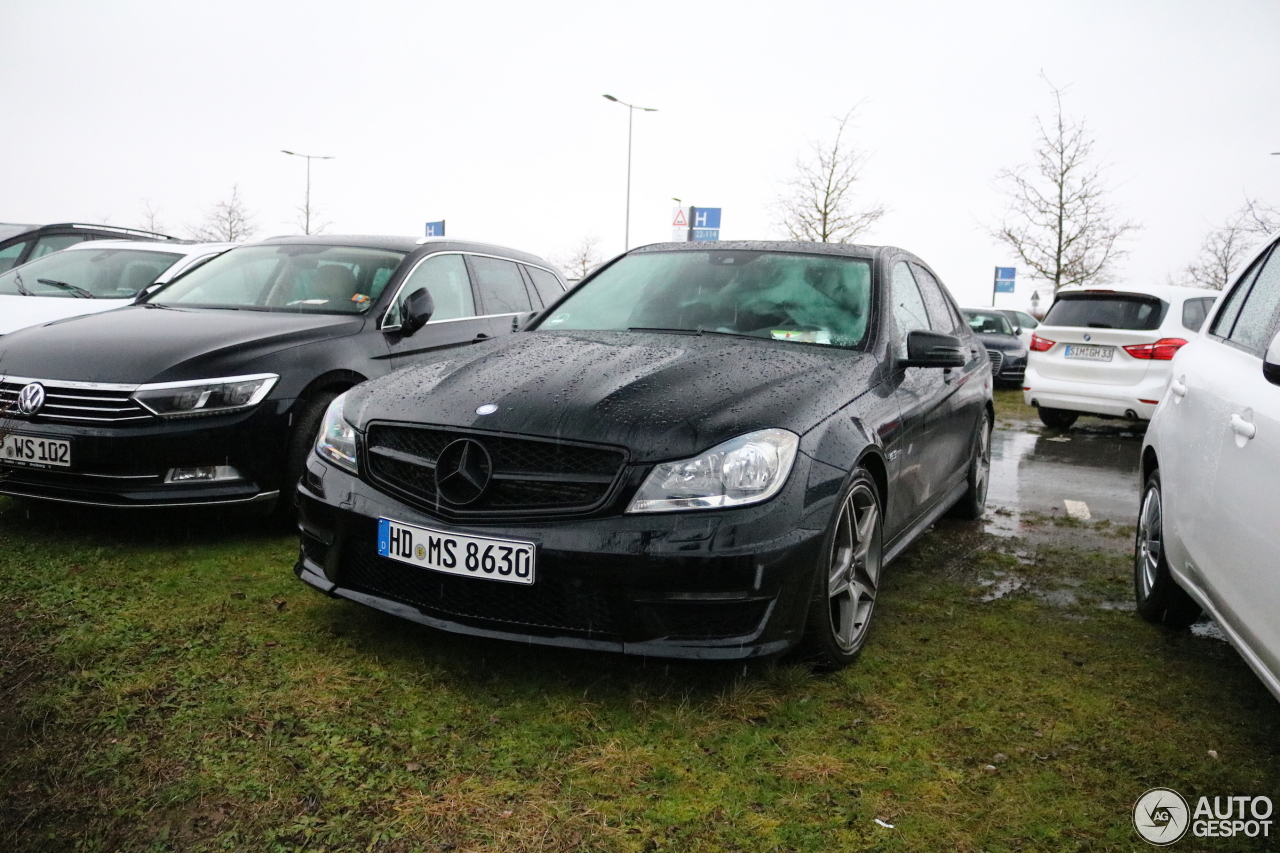 mercedes benz c 63 amg w204 2012 21 january 2018 autogespot. Black Bedroom Furniture Sets. Home Design Ideas