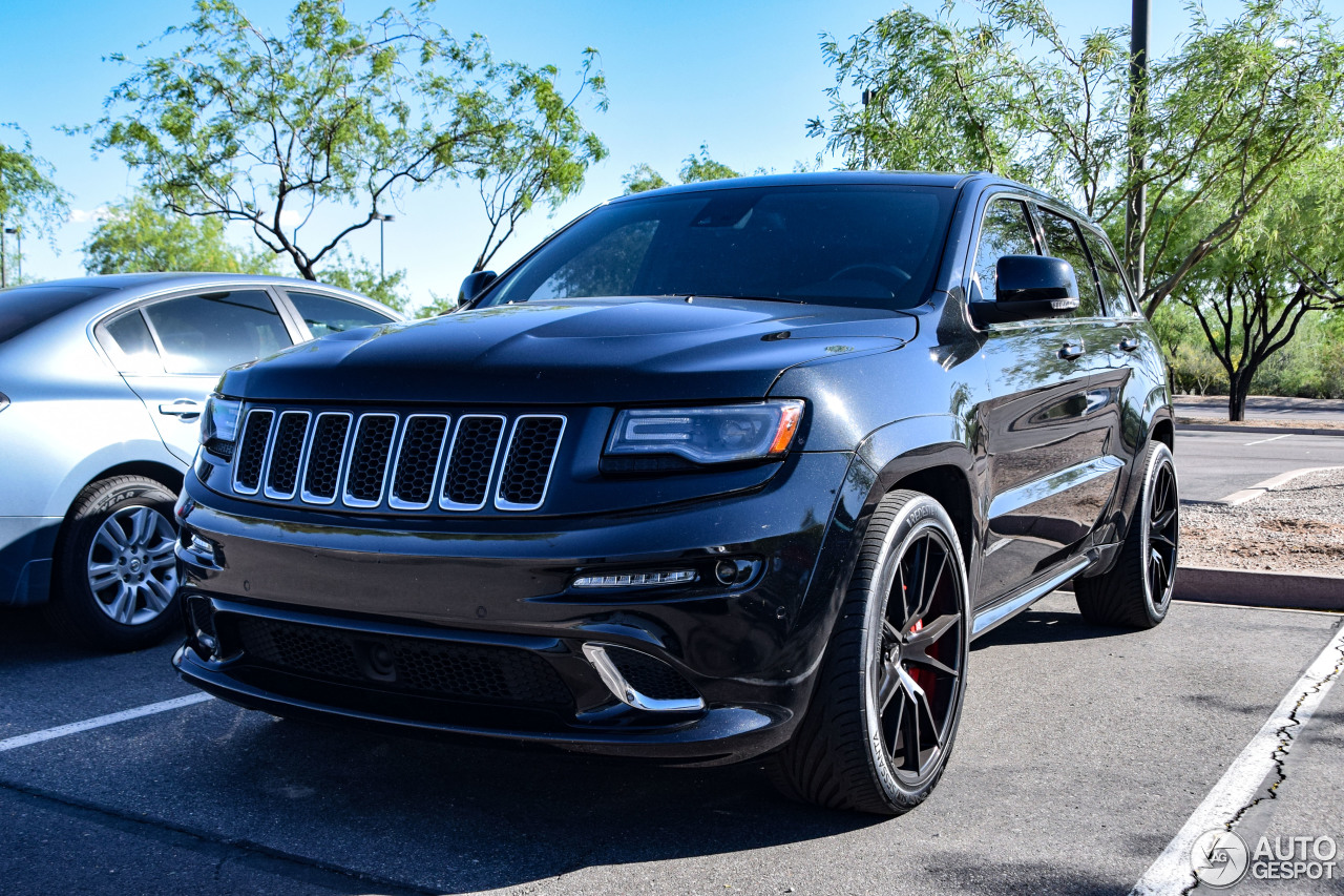 jeep grand cherokee srt 8 2013 27 january 2018 autogespot. Black Bedroom Furniture Sets. Home Design Ideas