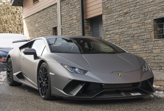Lamborghini Huracán LP640-4 Performante