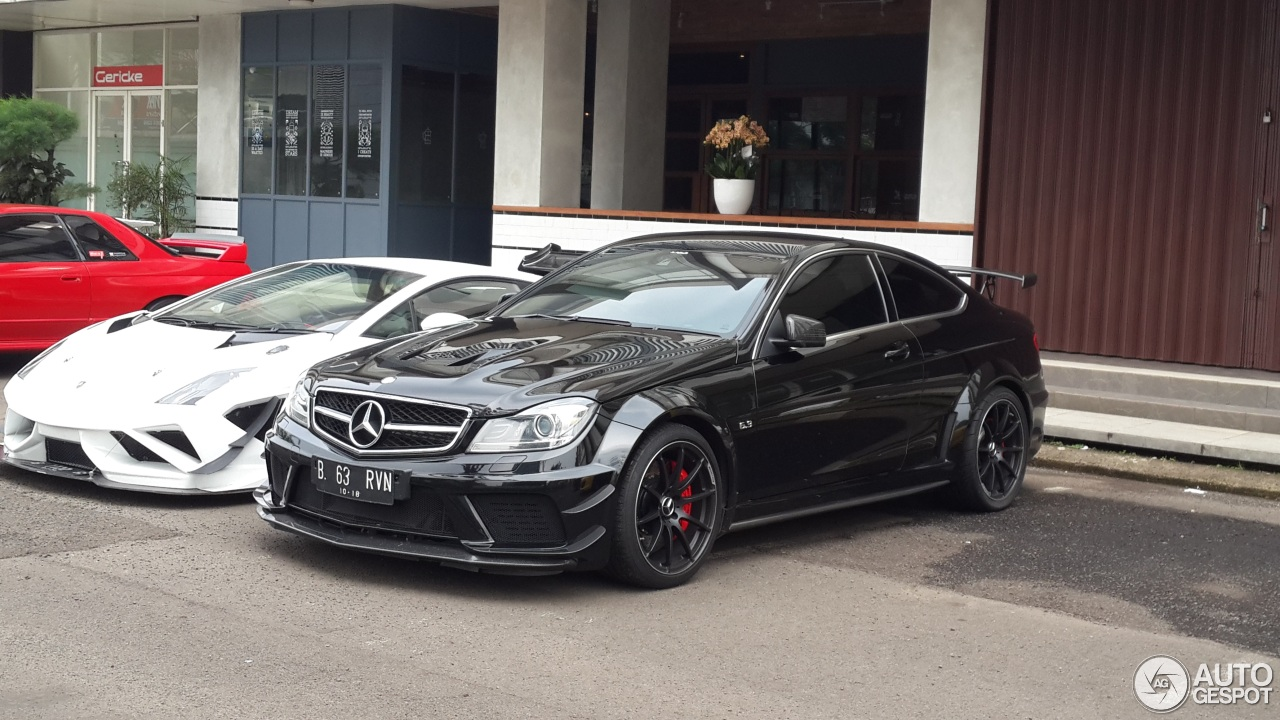 mercedes benz c 63 amg coup black series 29 january 2018 autogespot. Black Bedroom Furniture Sets. Home Design Ideas
