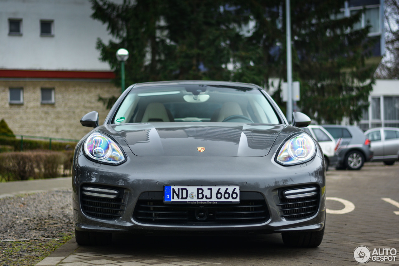 Porsche 970 Panamera Turbo S Executive MkII