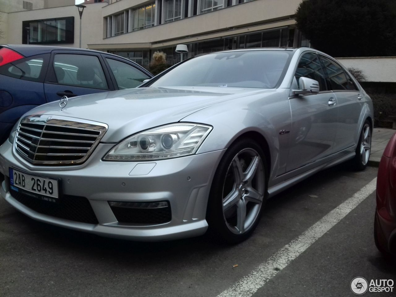 Mercedes benz s 63 amg w221 2010 30 january 2018 for Mercedes benz s63 amg 2010