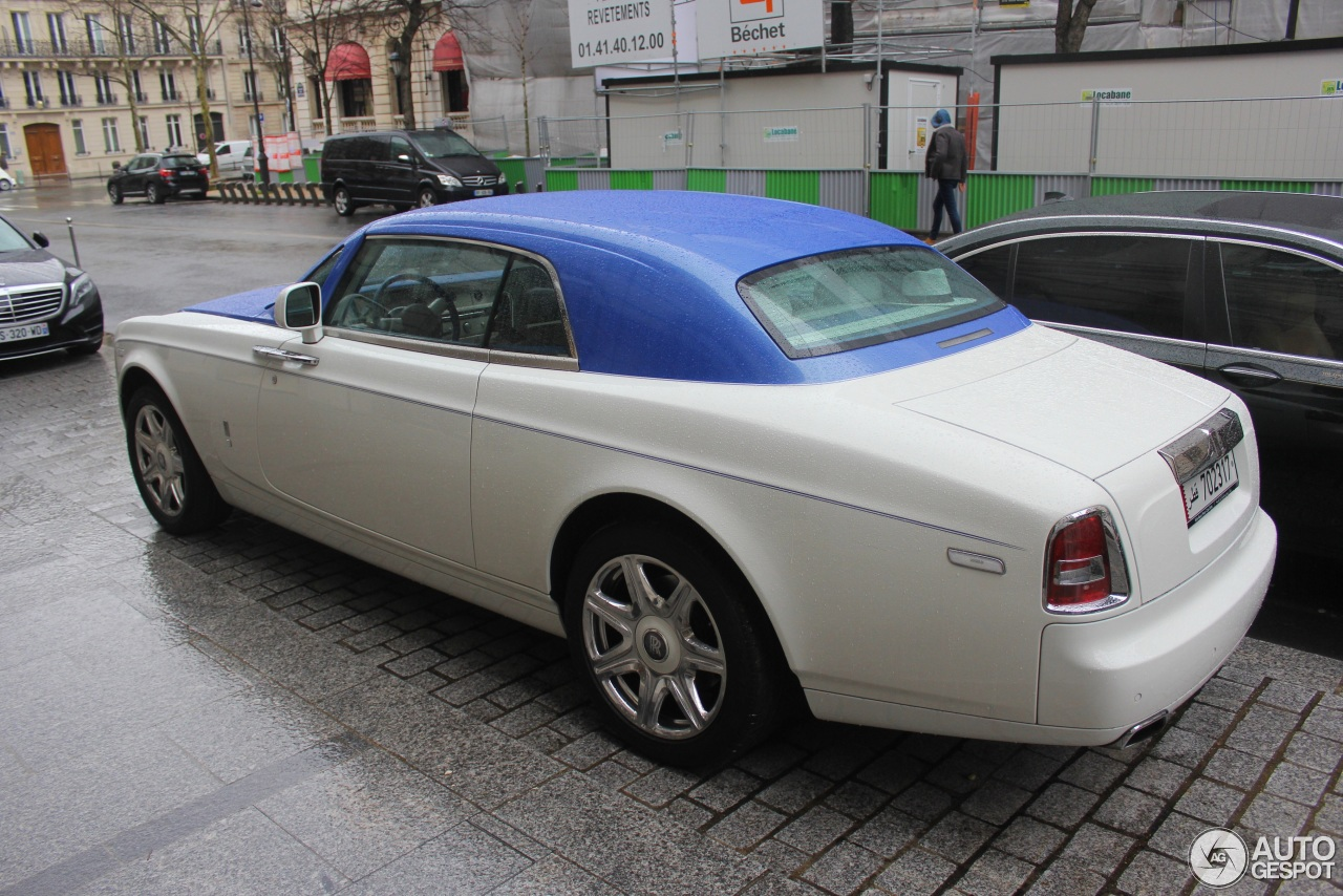 rolls royce phantom spec with 03 on Ghost besides 7 Most Expensive Luxury Cars together with Mercedes Glk 350 4 6 2014 Mercedes Glk 350 Dimensions in addition Rolls Royce Silver Wraith Hooper as well 14.