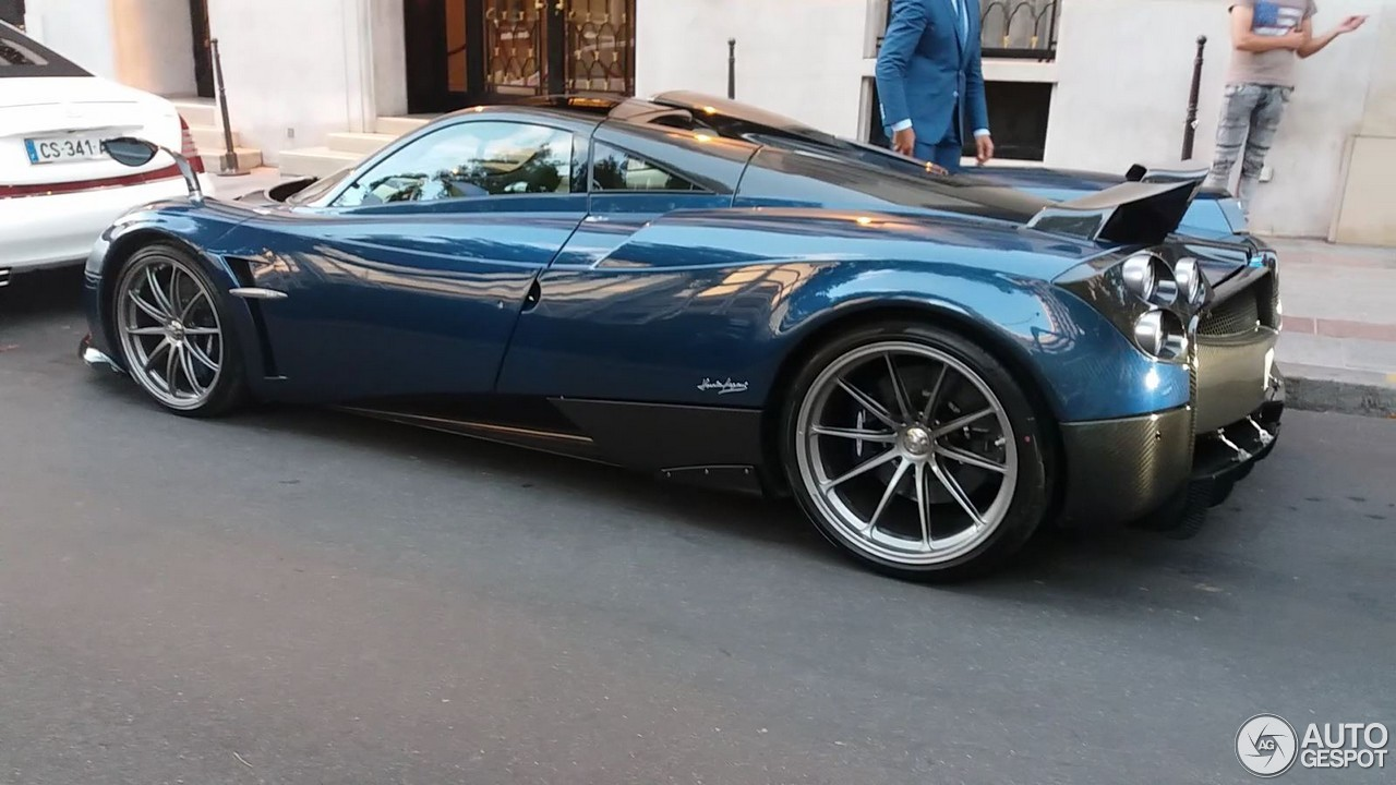 pagani huayra pearl 4 fvrier 2018 autogespot. Black Bedroom Furniture Sets. Home Design Ideas