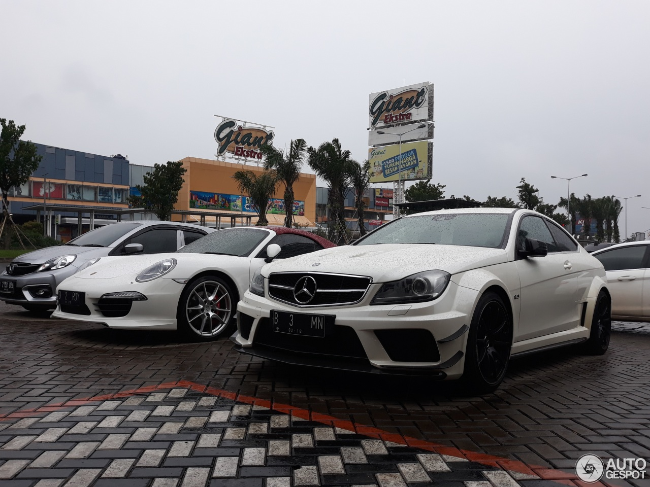 Mercedes benz c 63 amg coup black series 6 febbraio for C series mercedes benz