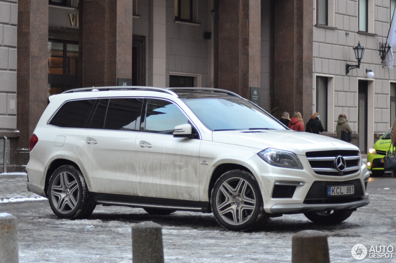 Mercedes benz gl 63 amg x166 7 february 2018 autogespot for Mercedes benz gl 63 amg
