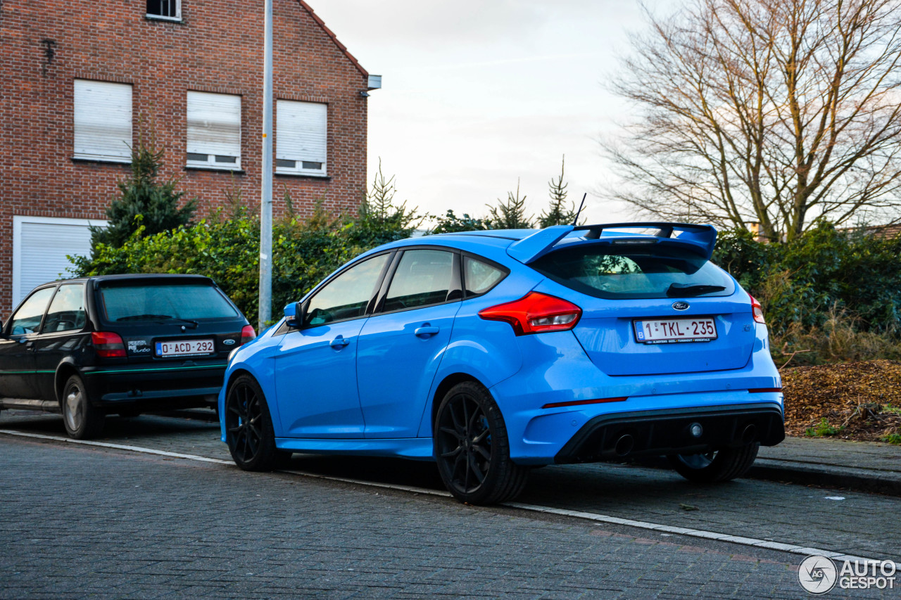 ford focus rs 2015 8 february 2018 autogespot. Black Bedroom Furniture Sets. Home Design Ideas