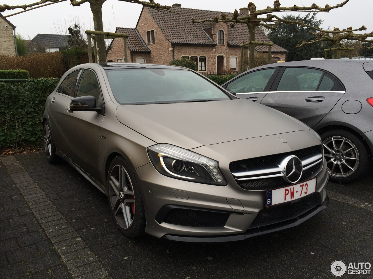 Mercedes benz a 45 amg 9 fvrier 2018 autogespot for Mercedes benz a 45