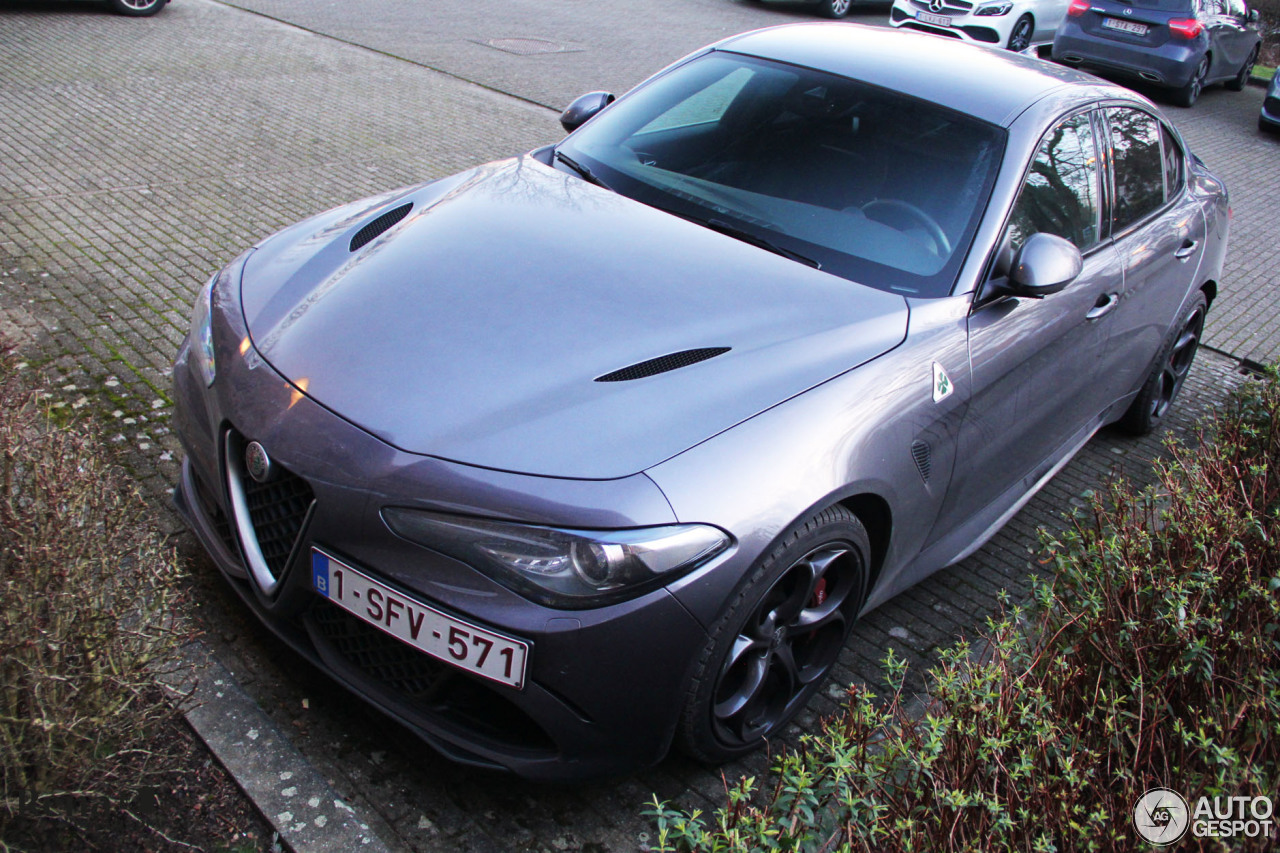 alfa romeo giulia quadrifoglio 10 february 2018 autogespot. Black Bedroom Furniture Sets. Home Design Ideas