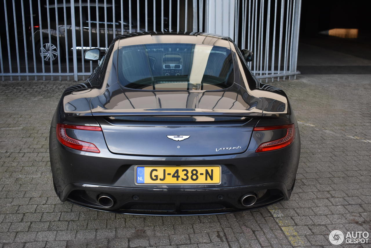 Aston Martin Vanquish 2013 9