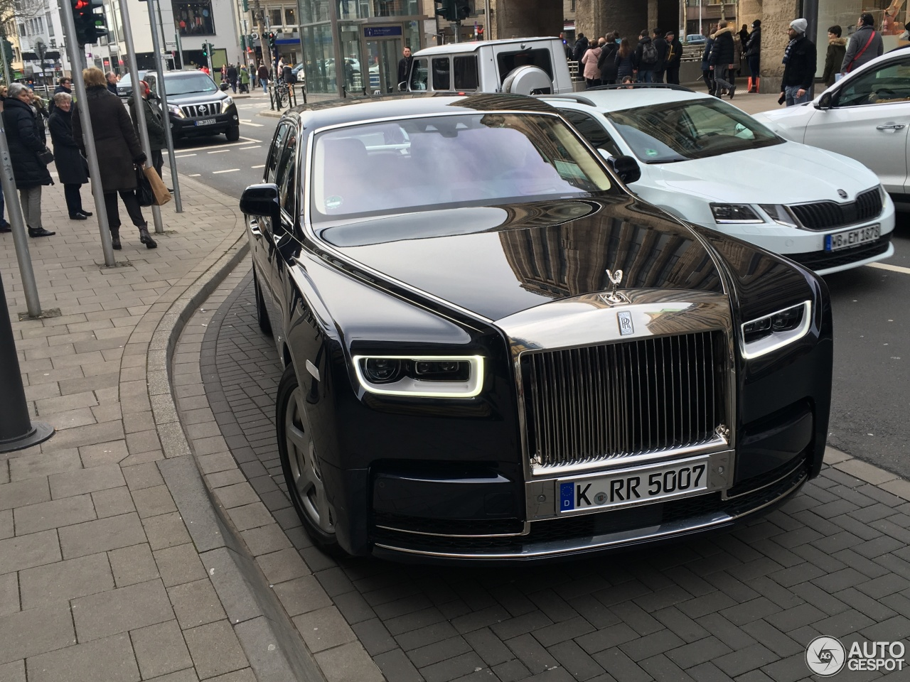 Rolls-Royce Phantom Black - 10 March 2016 - Autogespot |Matte Black Rolls Royce Phantom 2014