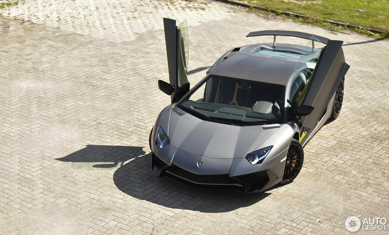 Lamborghini Aventador LP750-4 SuperVeloce 1