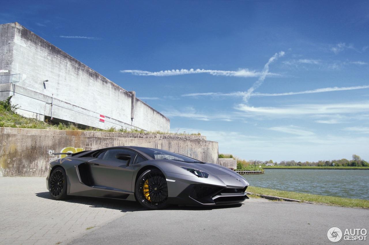 Lamborghini Aventador LP750-4 SuperVeloce 8