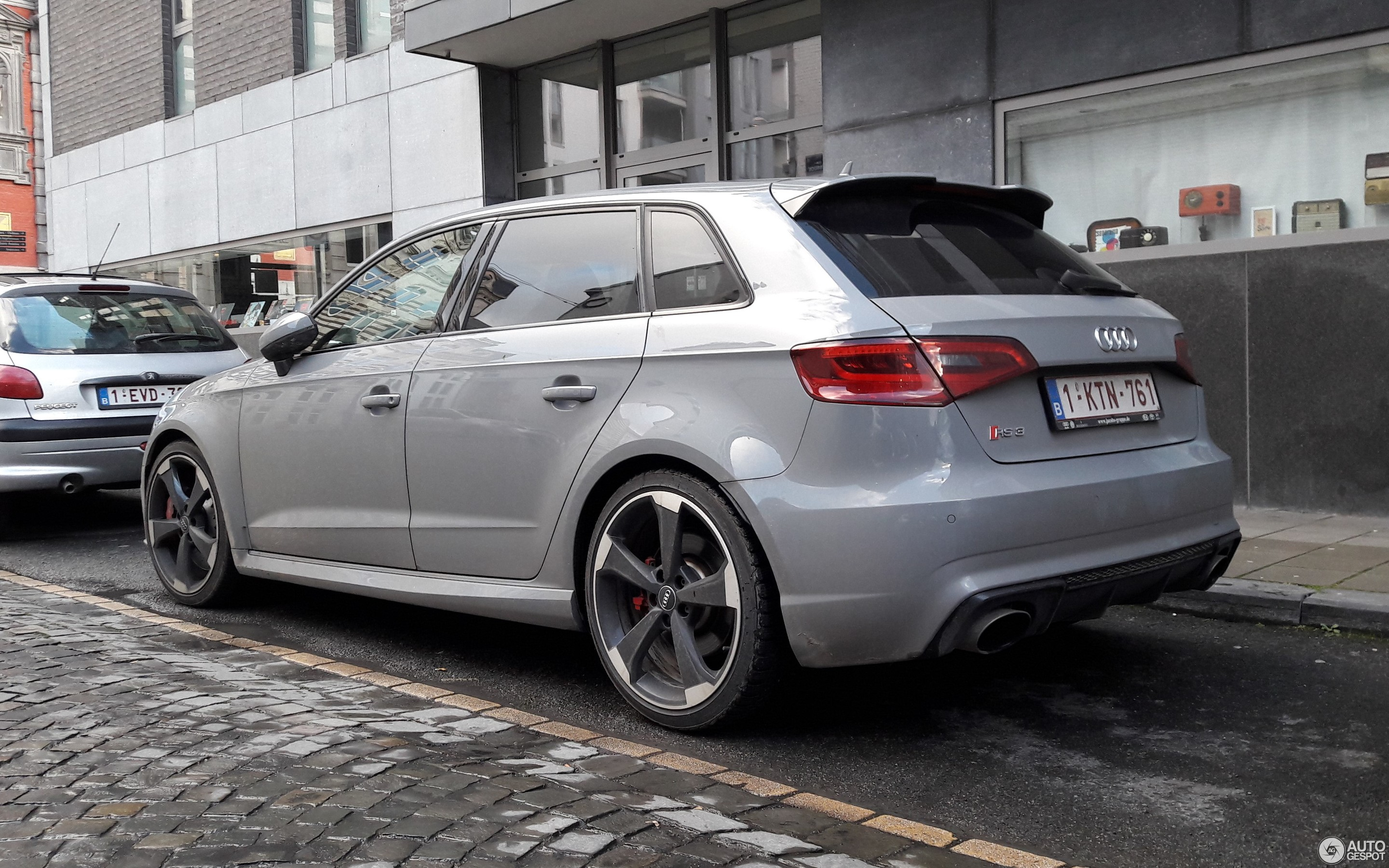 audi rs3 sportback 8v 28 february 2018 autogespot. Black Bedroom Furniture Sets. Home Design Ideas