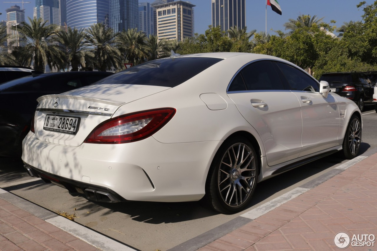 mercedes benz cls 63 amg c218 2015 3 march 2018 autogespot. Black Bedroom Furniture Sets. Home Design Ideas