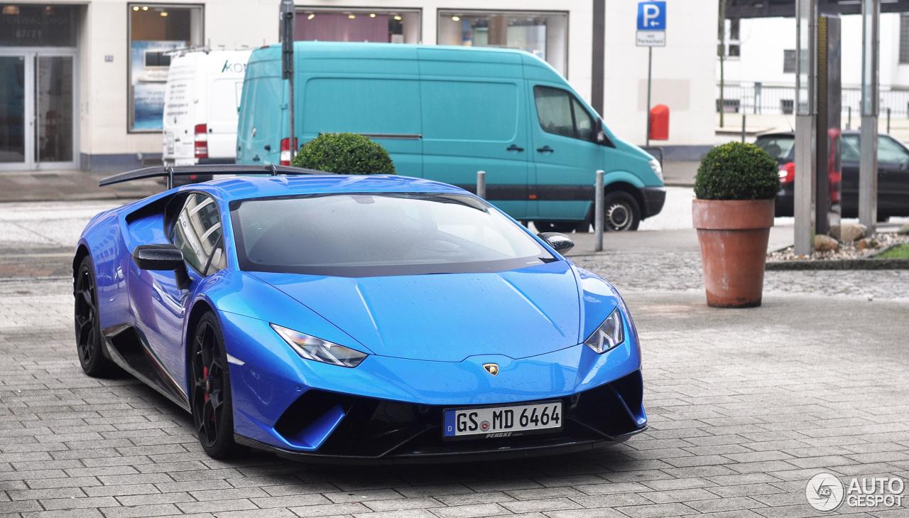 Lamborghini Urus In Hamburg