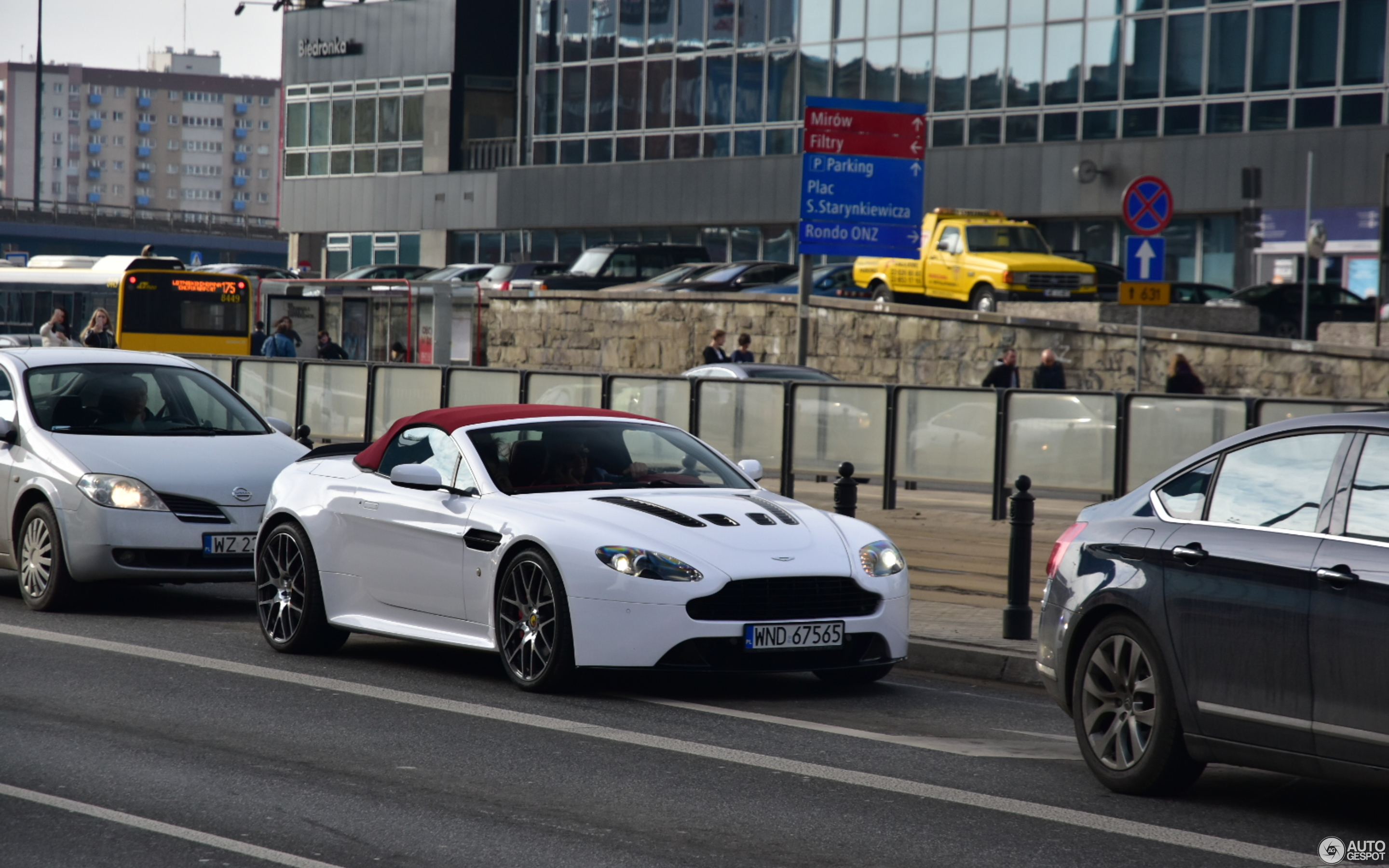 Aston Martin V12 Vantage S Roadster 10 March 2018 Autogespot