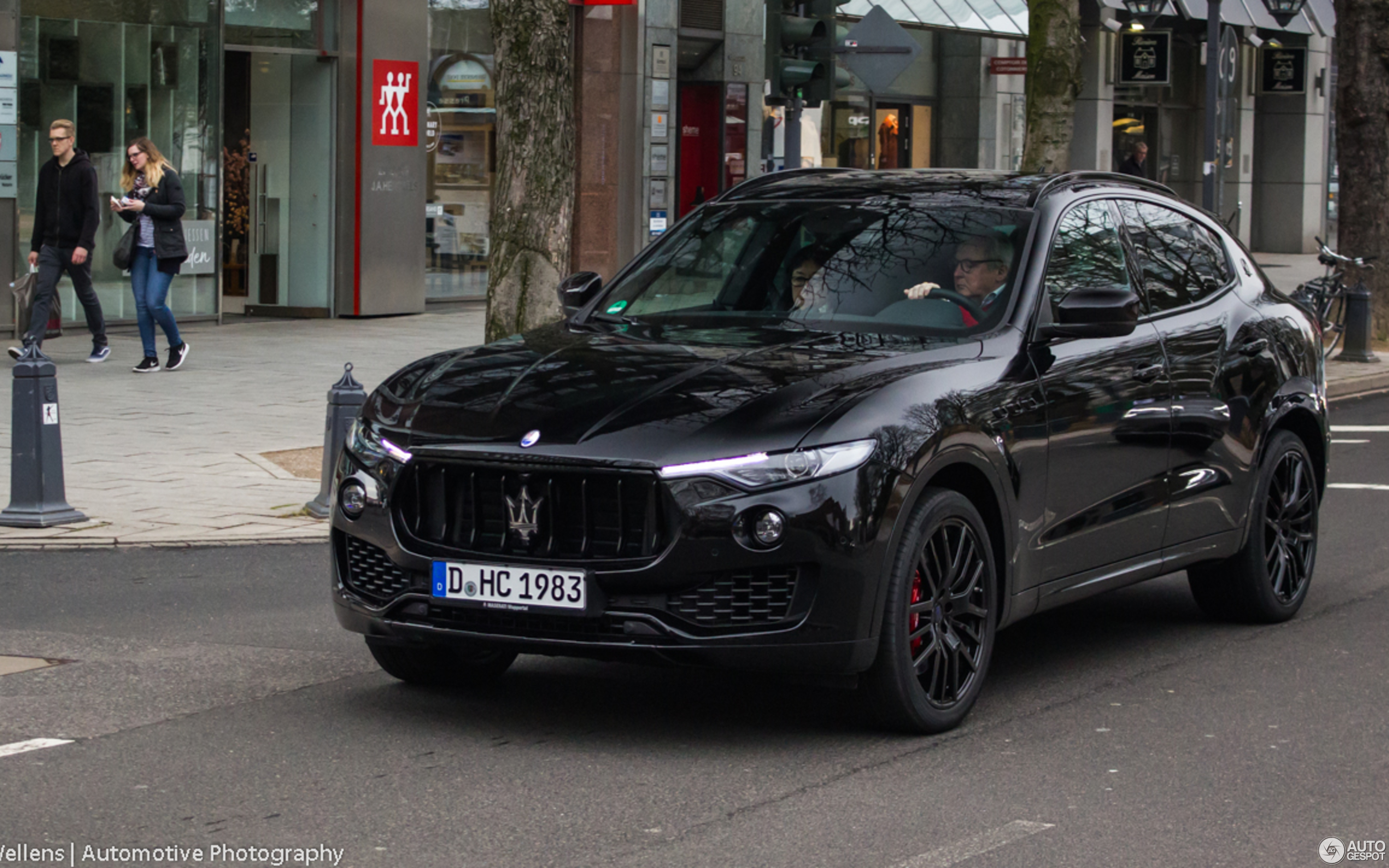 maserati levante s 10 march 2018 autogespot. Black Bedroom Furniture Sets. Home Design Ideas