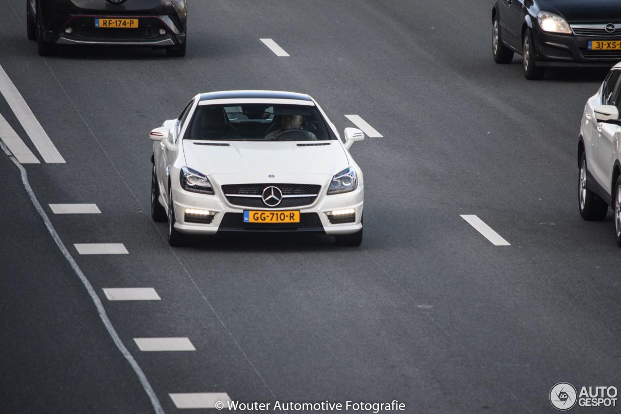 Mercedes benz slk 55 amg r172 13 marzo 2018 autogespot for Mercedes benz slk 2018
