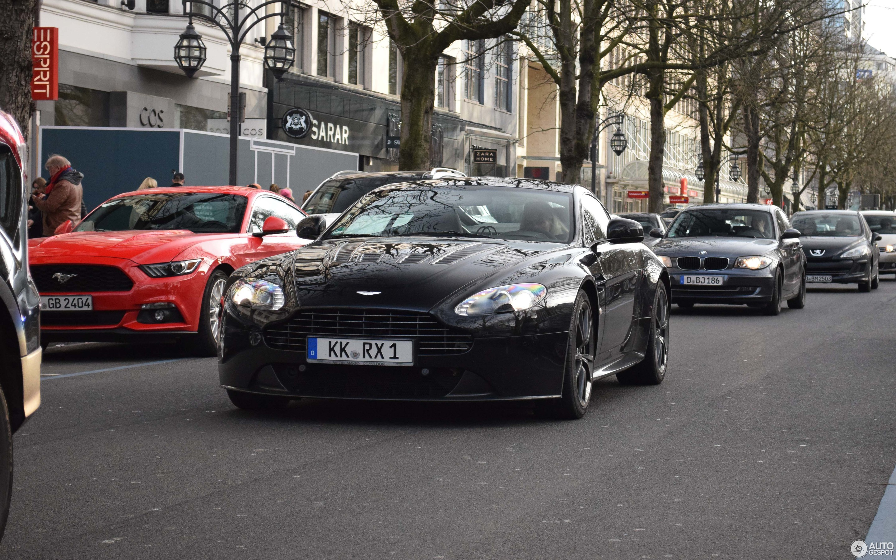 Aston Martin V Vantage March Autogespot - Aston martin marin