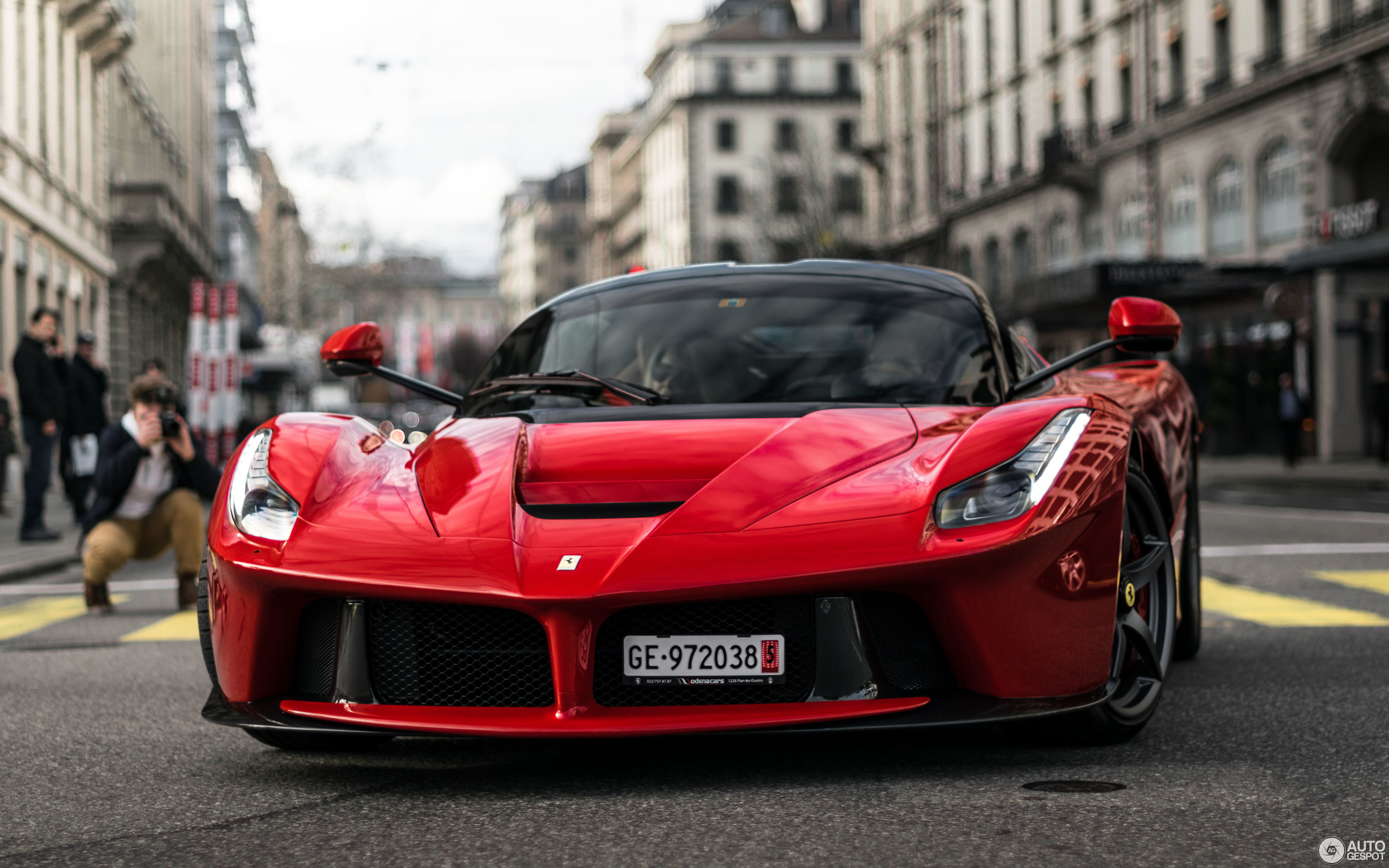 Laferrari Matte Red