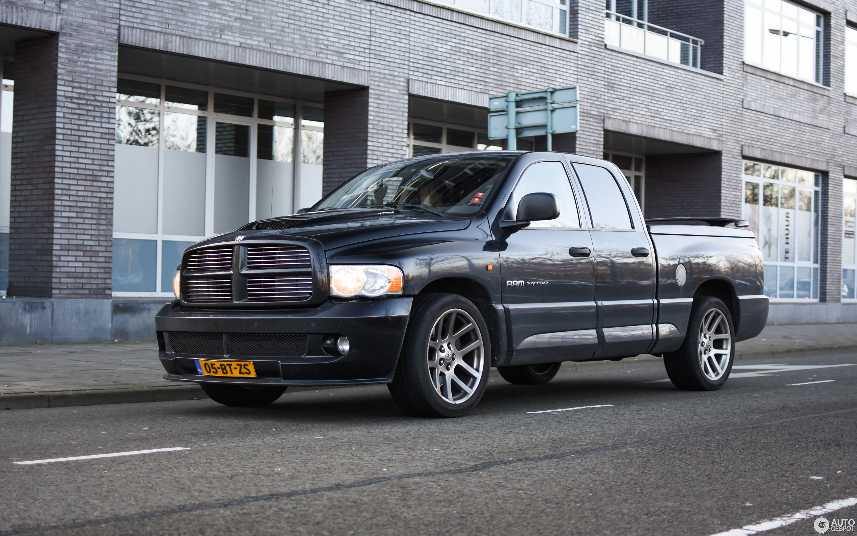 trouwauto offerte vehicle ram huren gratis dodge