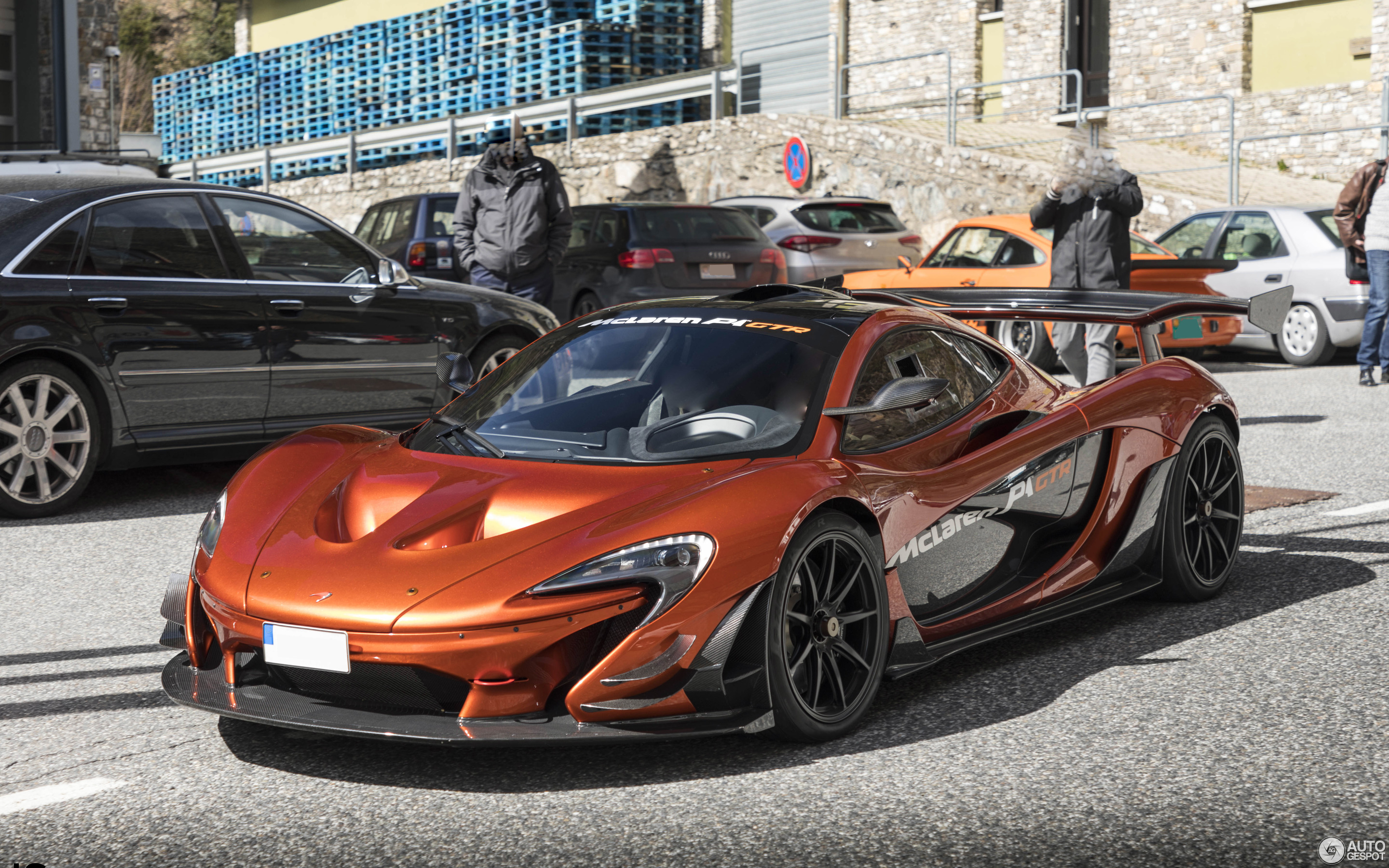 mclaren p1 gtr 30 maart 2018 autogespot. Black Bedroom Furniture Sets. Home Design Ideas
