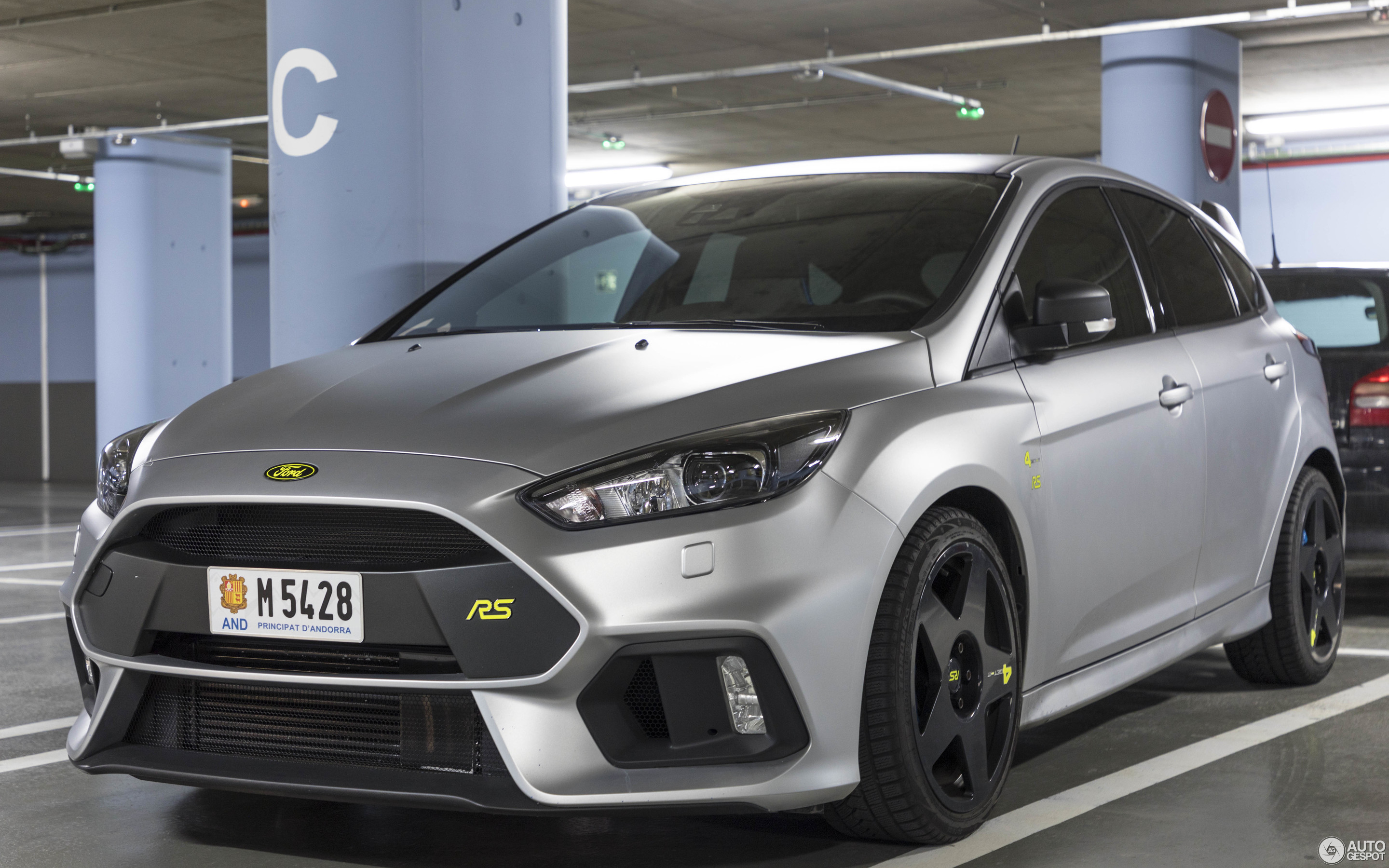 ford focus rs performance limited edition 2018 9 april 2018 autogespot. Black Bedroom Furniture Sets. Home Design Ideas