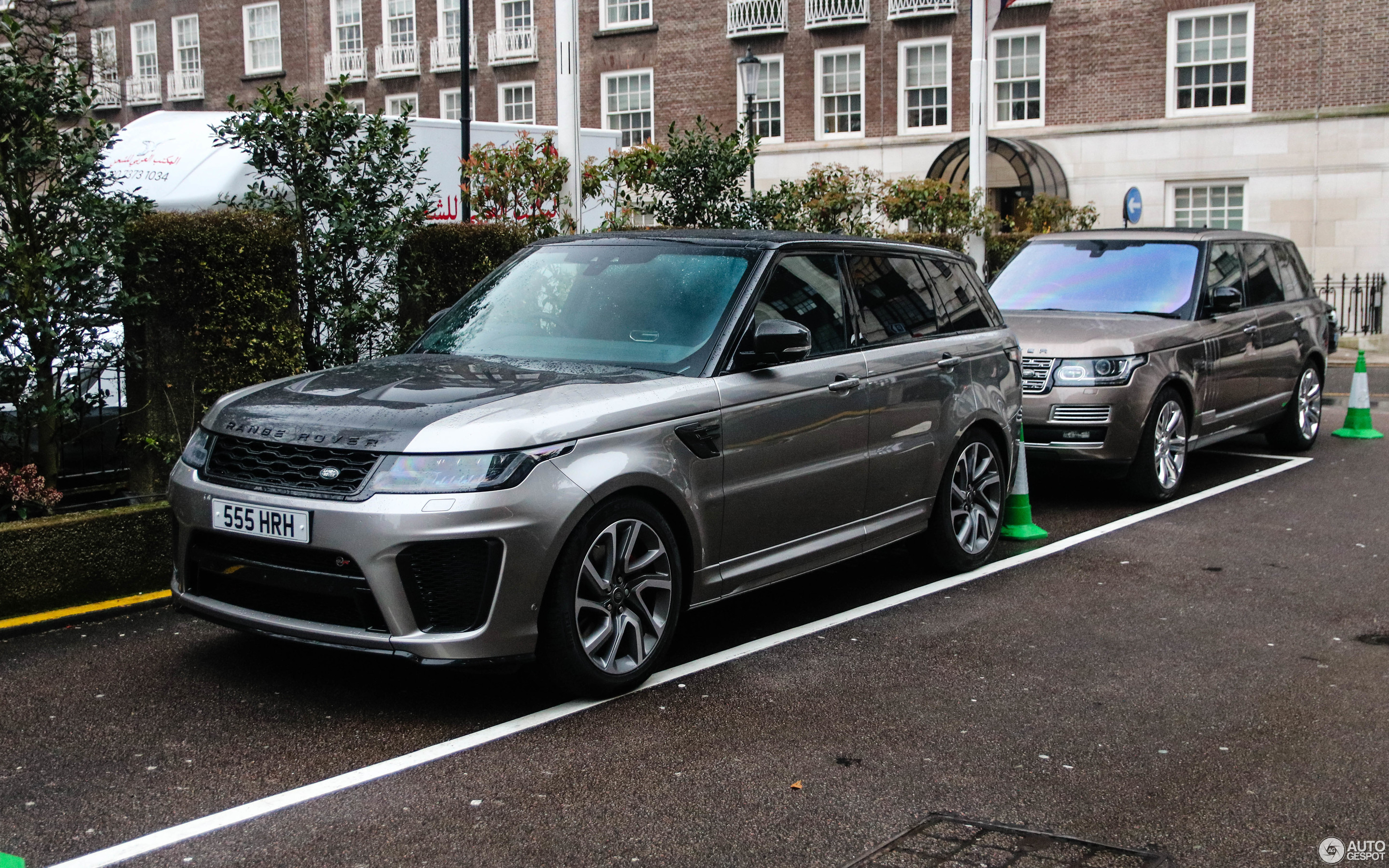 land rover range rover sport svr 2018 12 april 2018 autogespot. Black Bedroom Furniture Sets. Home Design Ideas