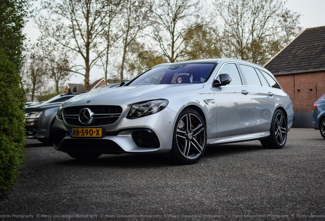 Mercedes-AMG Brabus E B40-700 Estate S213