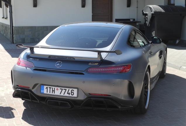 Mercedes-AMGGT R