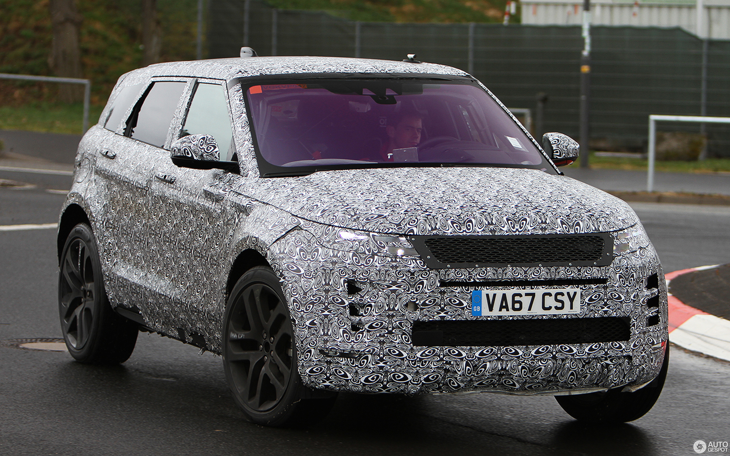 land rover range rover evoque 2019 1 may 2018 autogespot. Black Bedroom Furniture Sets. Home Design Ideas