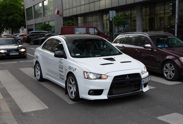 Mitsubishi Lancer Evolution X MR