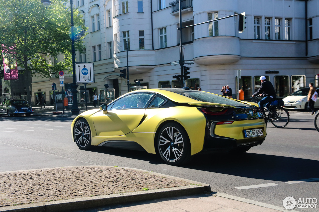 bmw i8 protonic frozen yellow edition 5 may 2018 autogespot. Black Bedroom Furniture Sets. Home Design Ideas