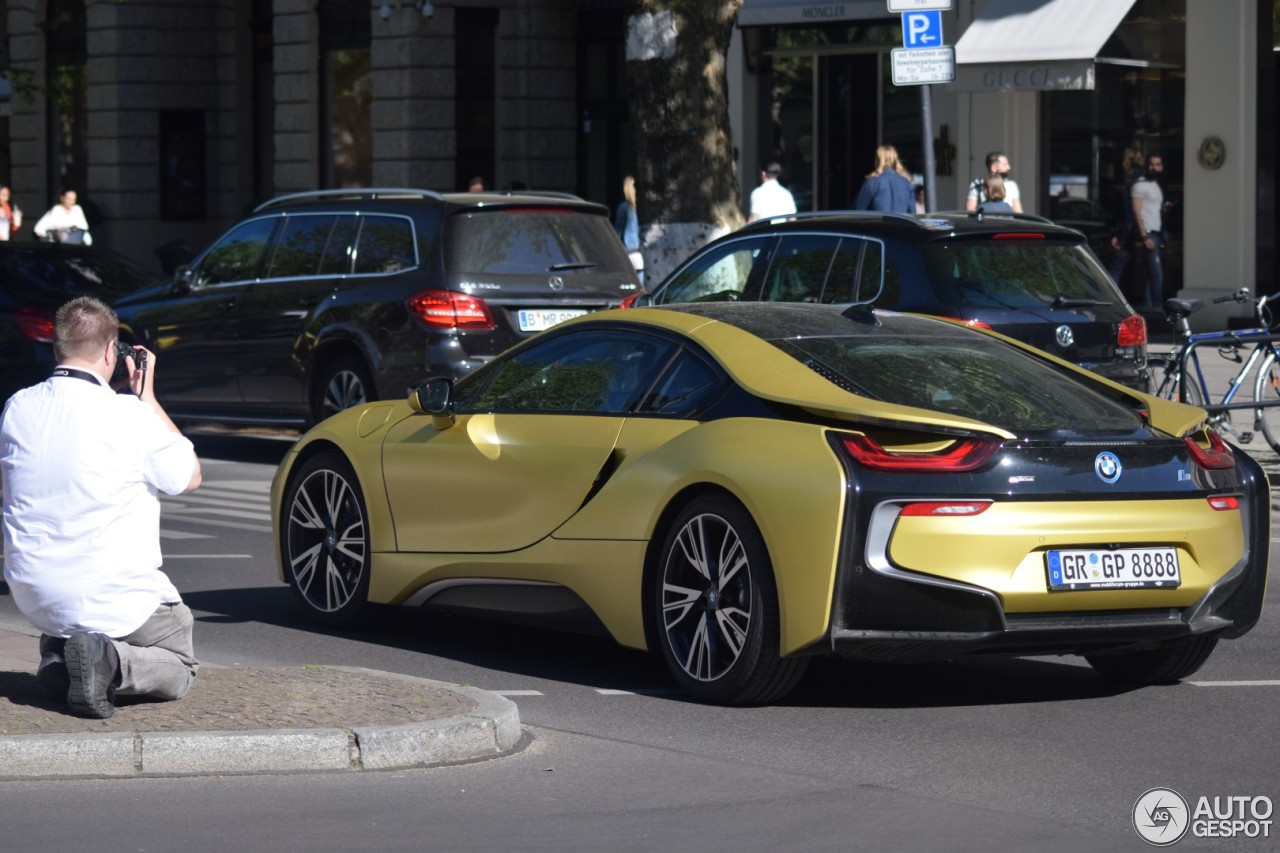 bmw i8 protonic frozen yellow edition 8 mei 2018 autogespot. Black Bedroom Furniture Sets. Home Design Ideas