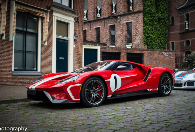Ford GT 2017 Heritage Edition