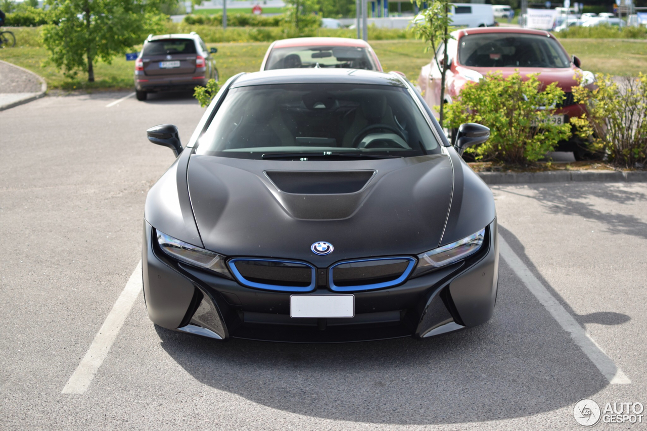 bmw i8 protonic frozen black edition 31 mayo 2018 autogespot. Black Bedroom Furniture Sets. Home Design Ideas