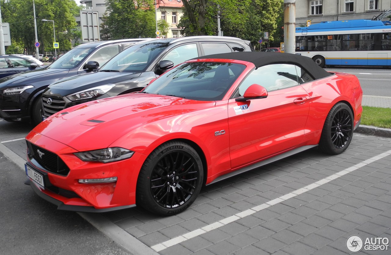 ford mustang gt convertible 2018 4 june 2018 autogespot. Black Bedroom Furniture Sets. Home Design Ideas