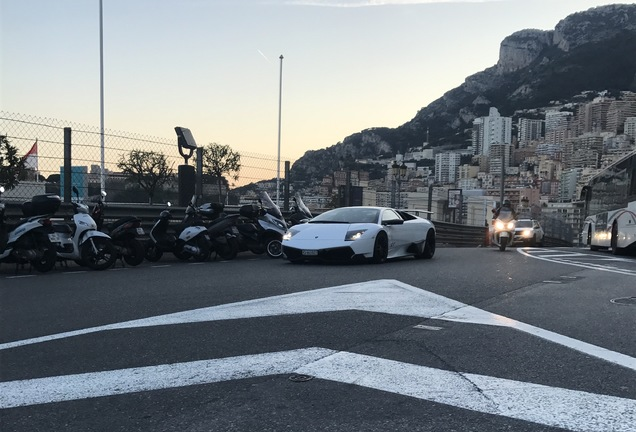 Lamborghini Murciélago LP670-4 SuperVeloce