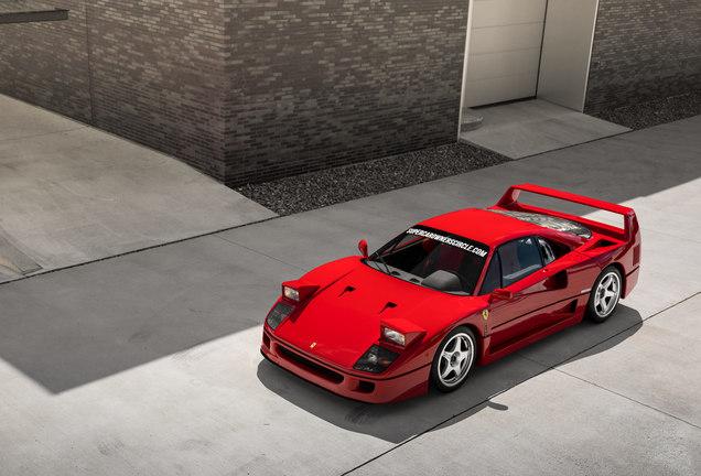 FerrariF40