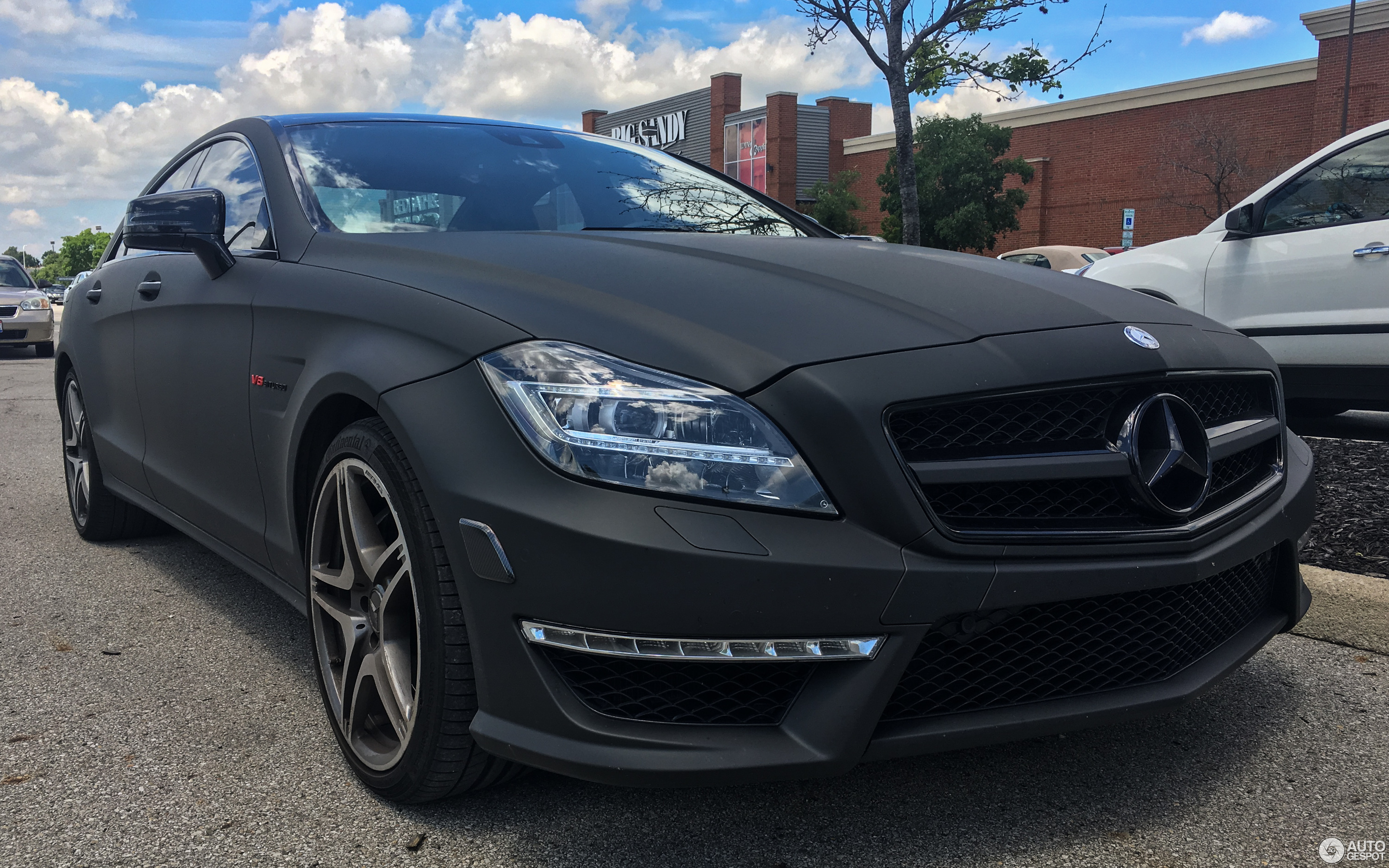 mercedes benz cls 63 amg s c218 27 june 2018 autogespot. Black Bedroom Furniture Sets. Home Design Ideas