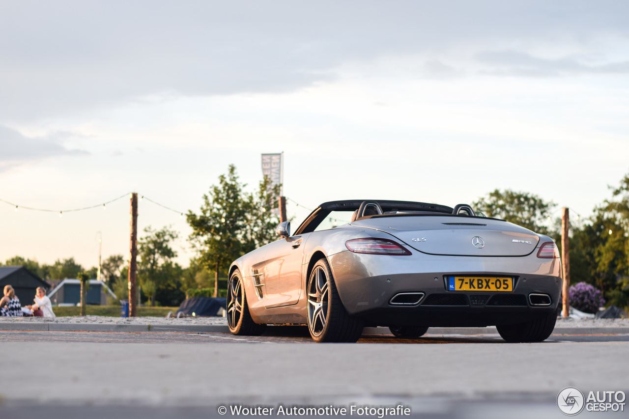 Mercedes benz sls amg roadster 1 july 2018 autogespot mercedes benz sls amg roadster publicscrutiny Choice Image